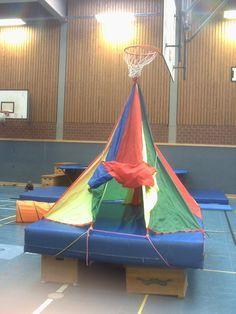 Zelt_Variation1 Sports Activities For Kids, Motor Skills Activities, Gross Motor Skills, Preschool Gymnastics, Preschool Class, Kids Gym, Exercise For Kids, Diy For Kids, Cool Kids