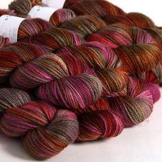 Hedgehog Fibres is an Irish artisan fibre and yarn dyeing studio located in Cork, Ireland. Yarn Thread, Yarn Stash, Crochet Chart, Knit Crochet, Knitting Yarn, Knitting Patterns, Yarn Color Combinations, Hedgehog Fibres, Spinning Yarn