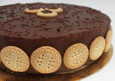 Torta fría de galletas María con Chocolate, ver receta en: http://www.meencantaelchocolate.com/2014/05/torta-fria-de-galletas-maria-con.html?m=1