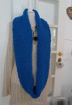 Free pattern (only in norwegian): Supersoft long cowl Free Knitting, Free Pattern, Knit Crochet, Scarves, Crochet Patterns, How To Make, Handmade, Stuff To Buy, Cowls