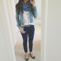 perfect weekend outfit: denim jacket, skinny jeans, white polo tee, striped circle scarf