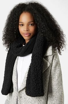 Free shipping and returns on Topshop Faux Shearling Scarf at Nordstrom.com. With a smooth knit on one side and chunky faux shearling on the other, this long scarf allows you to alternate your look while you keep your neck cozy.
