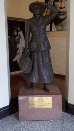 Annie Moore Statue at Ellis Island, Photo by Cindy Thomson