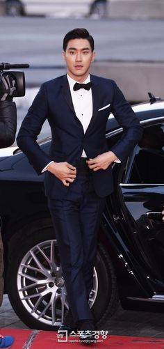 Siwon | Blue Dragon Award (141217)
