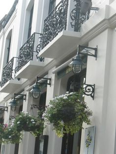 London curb appeal