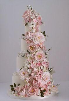 Country Roses Wedding Cake