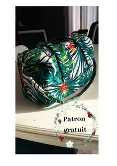 Patron gratuit Diy Couture, Couture Sewing, Diy Gifts, Handmade Gifts, Handmade Headbands, Patchwork Bags, Mode Style, Dressmaking, Diy Fashion
