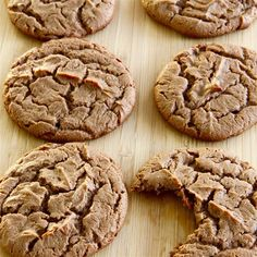 "Peanut Butter Nutella® Pie Cookies | ""No flour, no refined sugar, protein-packed cookies!"""