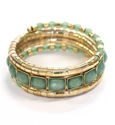 The turquoise color in this beautiful bracelet is so pretty!