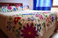 Madagascar 2, Bed Covers, Furniture, Home Decor, Bed Feet, Free Market, Ladies Fashion, Mexican, Argentina