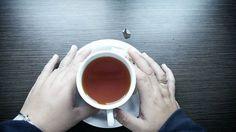 Berceritalah dengan gambar  #hand #hands #handinframe #nothingisordinary #nothingisordinary_ #ig #igers #igdaily #instadaily #instagram #photography #photooftheday #tea #moment #moments #at_diff #minimalist #ig_treasures #foodie #blogger #jj_indetail #rainbow_wall