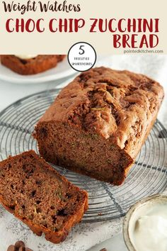 beautifully rich and moist Choc Chip Zucchini Bread is just 5 SmartPoints per portion on Weight Watchers Freestyle Plan. Top with sliced banana and some fat free yogurt for a tasty breakfast or just have a slice for a low point WW treat. Weight Watchers Zucchini, Weight Watcher Desserts, Weight Watchers Snacks, Weight Watchers Pancakes, Weight Watcher Cookies, Weight Watchers Vegetarian, Weight Watchers Meal Plans, Zucchini Banana Bread, Chocolate Chip Zucchini Bread