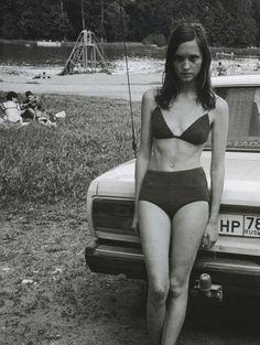 lida egorova by juergen teller for vogue russia june 1999 http://ankosv.tumblr.com/post/12848451183/lida-egorova-by-juergen-teller-for-vogue-russia