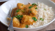 Chicken Curry Recipe--I liked, hubby didn't. He said it needed MORE curry flavor. But it was easy to make and since I'm not the biggest curry fan, I like it because it was mild. Indian Food Recipes, Real Food Recipes, Chicken Recipes, Ethnic Recipes, Meal Recipes, Simple Recipes, Recipies, Dinner Recipes, Yummy Food