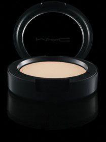 MAC Cosmetics: Cream Colour Base in Pearl