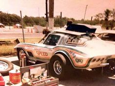 Psychedelic 1967 Corvette drag coupe