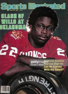 June 20 1983 Sports Illustrated Cover College Football Closeup portrait of Oklahoma Marcus Dupree with weights and barbells during photo shoot. Semi Pro Football, Ou Football, College Football, American Football, Football Players, Marcus Dupree, Si Cover, Oklahoma Sooners Football, Sports Illustrated Covers