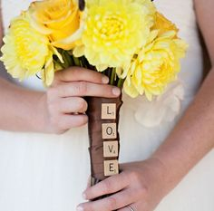 50 Fashionable Bouquets | The Blushing Bride