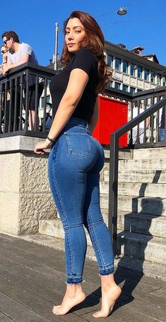 Superenge Jeans, Skinny Jeans, Vrod Harley, Pernas Sexy, Looks Pinterest, Best Jeans, Girls Jeans, Sexy Hot Girls, Sexy Outfits