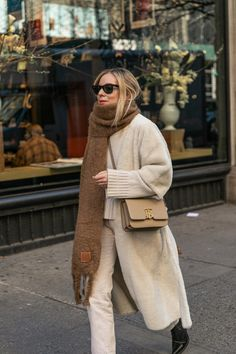Nyfw Street Style, Cool Street Fashion, Street Style Looks, Winter Street Styles, Mode Outfits, New Outfits, Girly Outfits, Casual Outfits, Winter Looks