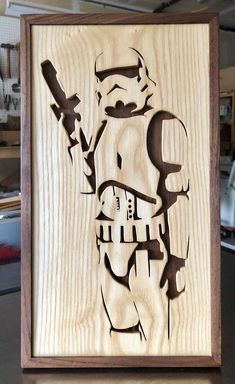 Walnut and Maple Stool with half blind dovetails and wedged through tenon stretcher Woodworking Projects Diy, Diy Wood Projects, Wood Crafts, Woodworking Plans, Gravure Laser, Laser Art, Wood Burning Art, Scroll Saw Patterns, Star Wars Art