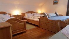 Austtattung Bed, Winter, Furniture, Home Decor, Summer, Winter Time, Homemade Home Decor, Stream Bed, Home Furnishings