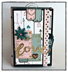 Mini album Kit Variations Créatives Diy Crafts For Girls, Diy Arts And Crafts, Paper Crafts, Mini Albums Scrapbook, Scrapbook Cards, Cool Notebooks, Journals, Writing Art, Tampons
