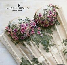 Best 11 We love this Beautiful lace bridal corset. Shop Designer Wardrobes with Coordina… – – SkillOfKing. Diy Wedding Dress, Diy Dress, Floral Fashion, Boho Fashion, Fashion Vintage, Rave Outfit, Bridal Corset, Corset Pattern, Pattern Sewing