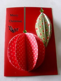 3D cards are so much fun to make! Create an awesomely dimensional project for Christmas with the Easiest 3D Ornaments Christmas Card. This lovely DIY Christmas card is great for kids and adults alike!
