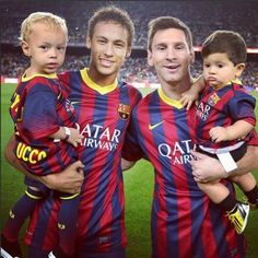 Naming babies after FC Barcelona stars: a global phenomenon. [Neymar Jr and Leo Messi, seen here with their own sons, have had a huge influence on baby-naming trends around the world] Messi Son, Messi Y Neymar, Lionel Messi, Fc Barcelona, Jorge Martinez, David Villa, Star Wars, Best Club, Don Juan