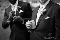 Groomsmen Flasks | Lucy Schultz Photography