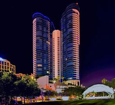 Las Olas River House Condominium, 333 Las Olas Way, Fort Lauderdale, Florida, U.S.A. / Architect: Sieger Suarez Architectural Partnership, Inc. | As of 2015, the Las Olas River House is the tallest building in downtown Fort Lauderdale, Florida, U.S.A.