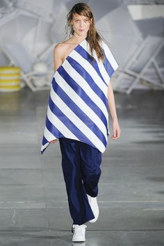 Paris Fashion Week Day 1 Jacquemus Spring/Summer 2015  Ready to wear  23 September 2014