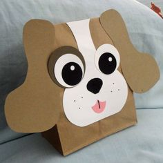 Puppy Treat Sacks - Dog Farm Pet Theme Birthday Party Favor Bags by jettabees on Etsy. $15.00, via Etsy. Have kids glue