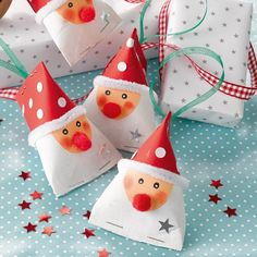 Create Beautiful Christmas Gift Boxes With A Single Pattern, With This Pattern You Can Prepare Beautiful Gift Boxes For Your Next Christmas « Sayo Christmas Gift Box, Noel Christmas, A Christmas Story, Winter Christmas, Christmas Crafts, Christmas Ornaments, Toilet Paper Crafts, Craft Sale, Beautiful Christmas