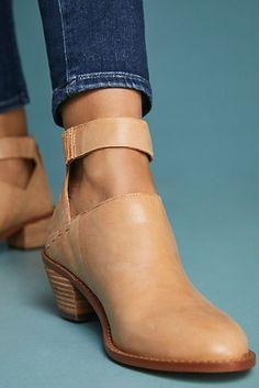 47215d02489 Kelsi Dagger Brooklyn Kadeja Boots New Shoes