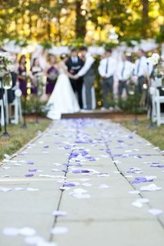 Cute way to add some color to the big day.