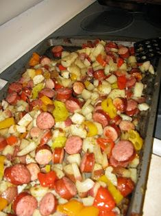 all news food recipes: Oven-Roasted Sausage, Potatoes, & Peppers Kabasa Recipes, Sausage Recipes, Dinner Recipes, Healthy Recipes, Healthy Meals, Healthy Eating, Sausage Potatoes And Peppers, Sausage And Potato Bake, Roasted Potatoes