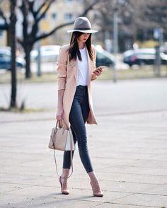Look fashion, chic womens fashion, business casual womens fashion, classy fashion, ladies Fashion Mode, Look Fashion, Winter Fashion, Trendy Fashion, Classy Fashion, Fashion Spring, Fashion 2017, Fashion For Women, Street Fashion