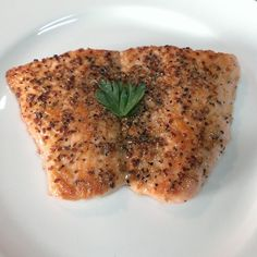 Pepper salmon steak