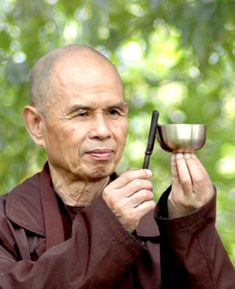 A Mindful Gift from Thich Nhat Hanh (Thay) to All of Us by Elisha Goldstein, PhD, psychcentral #MIndfulness #Meditation