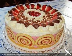 http://www.chefkoch.de/rezepte/876461193064227/Erdbeer-Schmand-Torte.html
