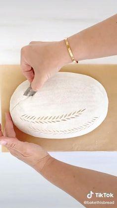 No Yeast Bread, Brioche Bread, Sourdough Bread, Bread Machine Recipes, Bread Recipes, Artesian Bread, Bread Shaping, Bread Art, Vegan Bread