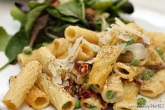 Baked Rigatoni with Sun Dried Tomatoes & Peas » Persnickety Plates
