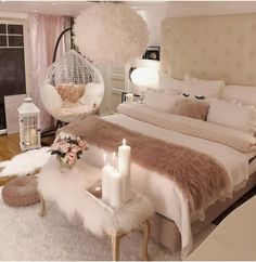 40 Cozy Home Decorating Ideas for Girls' Bedrooms. 40 Cozy Home Decorating Ideas for Girls' Bedrooms Bedroom Decor For Teen Girls, Room Ideas Bedroom, Home Bedroom, Modern Bedroom, Bedroom Ideas For Small Rooms Women, Cozy Bedroom Decor, Warm Bedroom, Bed Room, Square Bedroom Ideas
