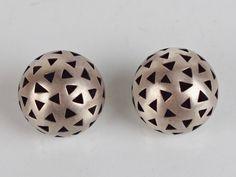 Unikatowe srebrne kolczyki Quadrat - trójkąty (7000077221) - Allegro.pl - Więcej niż aukcje.