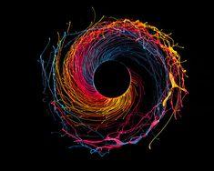 Black Hole - Fotos coloridas utilizando tinta e uma broca   Revelando Ideias