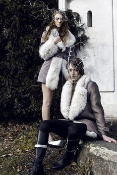 Instagram: philippethomasdesign philippethomasdesign.com  #philippethomasdesign #furfashion #jackets #Riding #woods #luxusdesign #Headdress #models #iron #silver #mask Fur Jacket, Fur Coat, Male Man, Fur Fashion, Men's Collection, Headdress, Female Models, Silver Mask, Fashion Photography