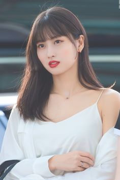 Find images and videos about kpop, twice and momo on We Heart It - the app to get lost in what you love. Nayeon, Kpop Girl Groups, Korean Girl Groups, Kpop Girls, K Pop, Hirai Momo, Girl Crushes, Asian Beauty, My Girl