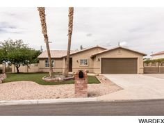 HUGE price reduction on this real nice 3 bedroom pool home! All remodeled and ready for a new owner! - 1709 Mcculloch Blvd S, Lake Havasu City